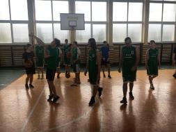 III Miejsce dla II LO w Mistrzostwach Rejonu w koszykówce chłopców_3