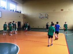 III Miejsce dla II LO w Mistrzostwach Rejonu w koszykówce chłopców_4