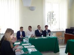 Uczniowie z II LO zwycięzcami IX Debaty Politologicznej _1