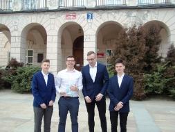 Uczniowie z II LO zwycięzcami IX Debaty Politologicznej _6