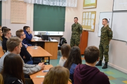 Wizyta podchorążych WAT w II Liceum Ogólnokształcącym w Lubartowie_3